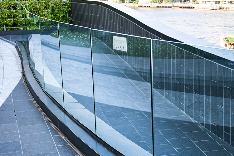Glass Manufacturers In Noida